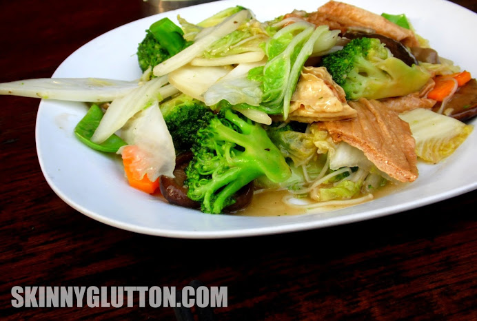 Mixed vegetables with mushroom and bean curd